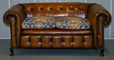Pair Of Restored Victorian Gentleman Club Chesterfield Leather Sofas Kilim Seats 9