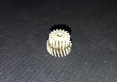 Ingranaggio gear in nylon per motoriduttore stufa a pellet Kenta K9117169 5 rpm 7