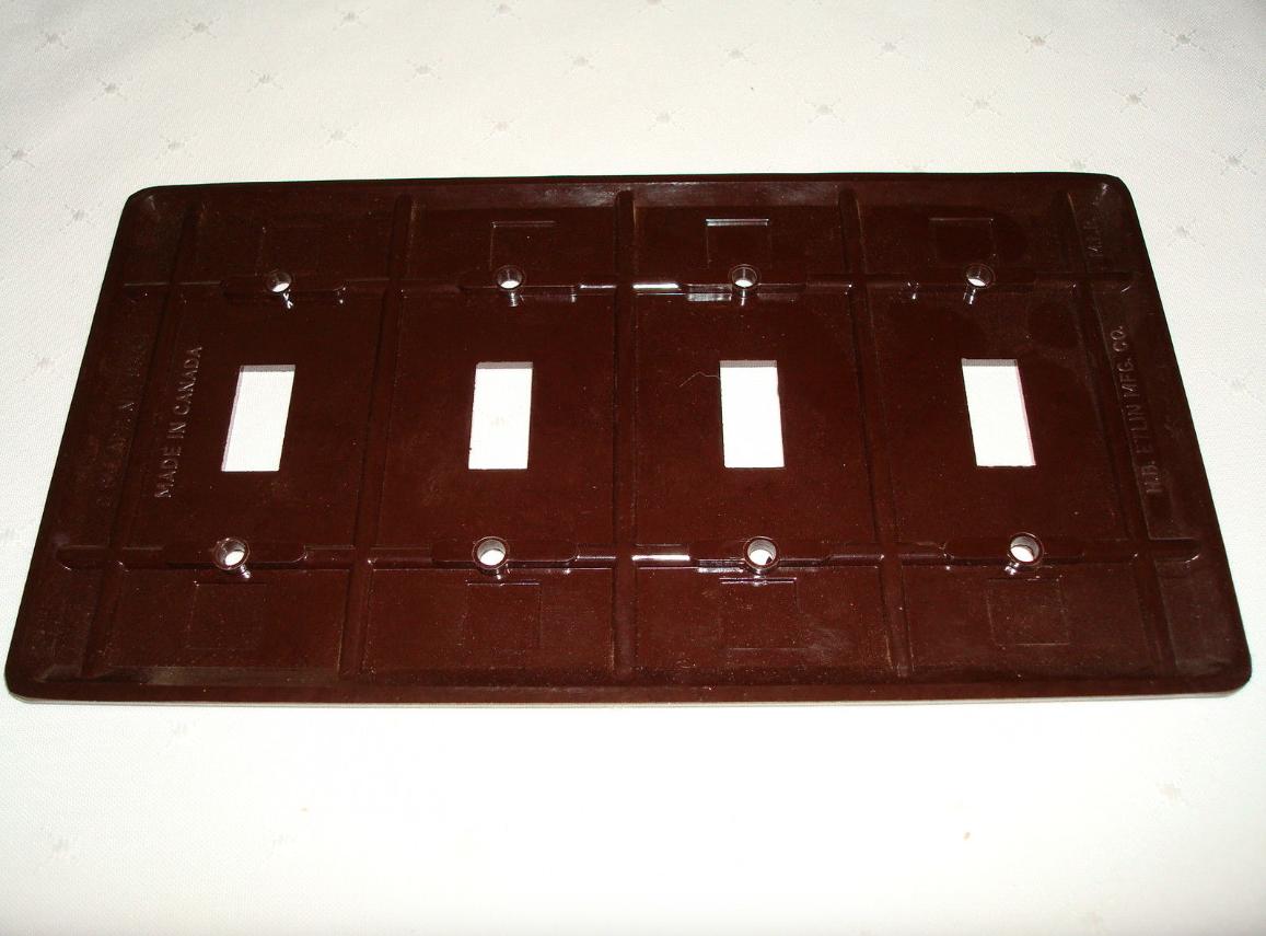 Vintage Etlin Bakelite 4 Gang Brown Ribbed Toggle Wall Plate New Old Stock 704 4