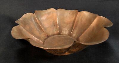 Early 20th C Arts & Crafts Hand Hammered Copper Bowl, 8 Lobes, Petal Lip No Mark 7