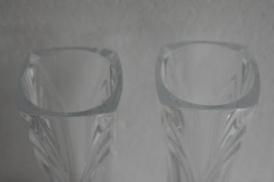 A Lovely Pair Of Clear Glass Bud Vases. 5