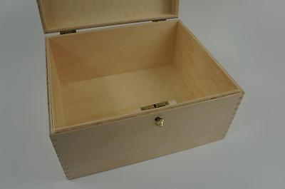 P29//15 Wooden Plain Wedding Chest Box Storage Box Decoupage Memory Craft P29//15