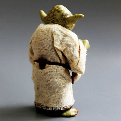 LOVELY MASTER YODA Galactic Jedi Council Rare Legends Star Wars Action  Figure