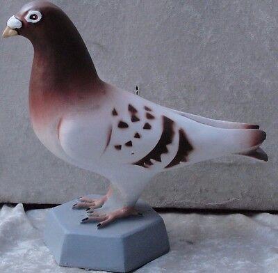 Taube Tauben Figur Skulpur Lebensgroß Tierfigur Gartenfigur Dekoration Blau