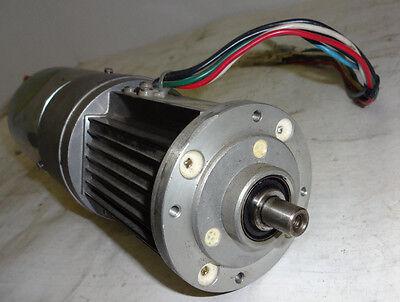 Yaskawa Electric AC Servo Motor USASEM-02YRS12 New