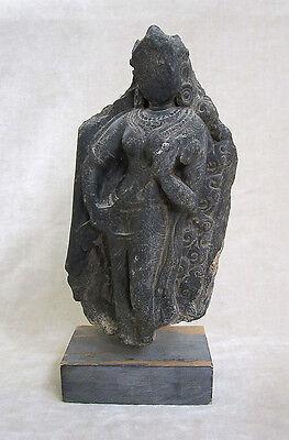 ANCIENT GANDHARAN SCHIST STONE SCULPTURE OF A FEMALE DEITY, circa 200 AD 2
