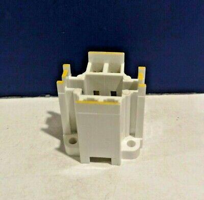 White Socket 75 Watt 600V Bulb D3990 CFL Socket GX24q-4 Base 42W 4-Pin NEW 2