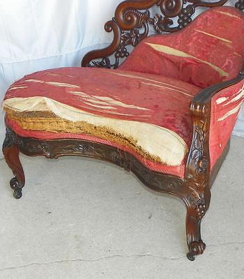Antique Victorian Rosewood Recaimier / Méridienne – Pierced Carved J H Belter 10
