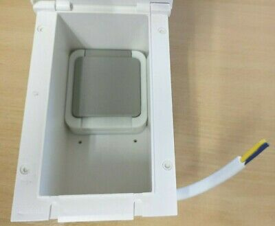 Rectangular Flush Fitted 13amp PO119C Caravan Mains Outlet Socket BEIGE