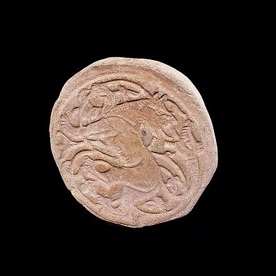 A beautiful early Islamic clay seal  09661 2