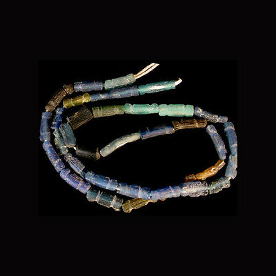 Roman coloured glass bead necklace x7422 2