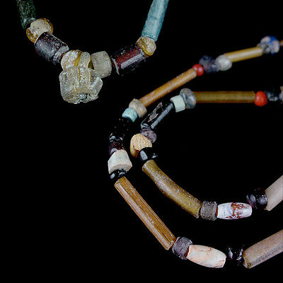 """A Holyland glass and tubular """"gold-glass"""" bead necklace. x8664 2"""