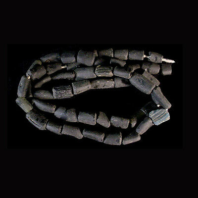 Roman black glass bead necklace x7438 2