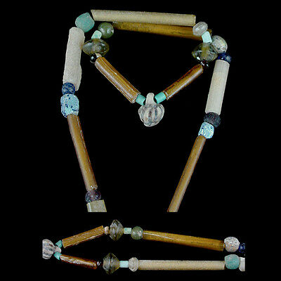 """A Holyland glass and tubular """"gold-glass"""" bead necklace. x8663 2"""