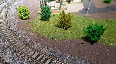 50 Büsche, 40 mm hoch, hellgrün, mittelgrün, dunkelgrün, dunkelgelbgrün 6