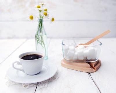 Die hölzerne Zucker Salzdose mit Löffel und Deckel Birkenholzdose