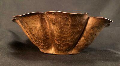 Early 20th C Arts & Crafts Hand Hammered Copper Bowl, 8 Lobes, Petal Lip No Mark 4