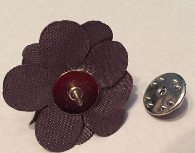 Hook & Albert Boutonniere Lapel Pin, Gray, One Size MSRP $25