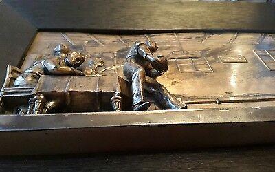 Metallbild/Messing.Männer beim kegeln.Sehr plastische Darstellung. 5