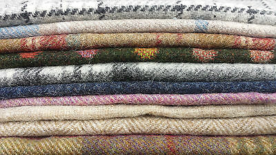 Abraham Moon 10 pieces 23 x 23cm or bigger! 100/% Wool Offcuts Remnants Tweed