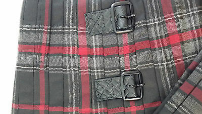 Spirit Of Bruce Modern Black Buckles 8 Yard  Kilt Only Ex Hire £99 A1 Condition 3