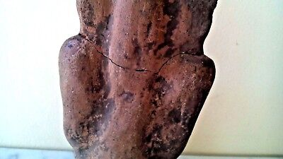 Antique Pre Columbian Mayan Pottery Statue Figurine Preying Man 6