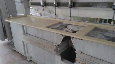 TOP CUCINA IN quarzo con svuoto per piano cottura e lavabo in okite  spessore 3
