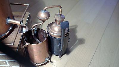 Modell einer Alkoholbrennerei für Drink- oder Desinfizierungsalkohol mitte 20.Jh 8