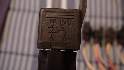 12 Volt 30/40 Amp 0E-150 With Socket Relay Harness Lot Of 7 2