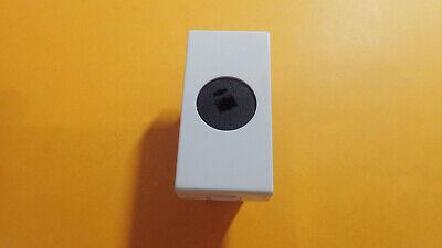 Legrand LEG99682 Prise haut parleur pour C/âble jusqu/à 4 mm/² 1 module /à composer Mosaic