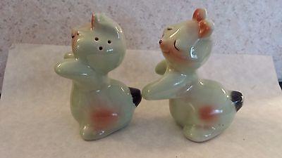 Vintage Van Tellingen Bunny Hugging Salt Pepper Shakers Set Rabbit Huggies 5