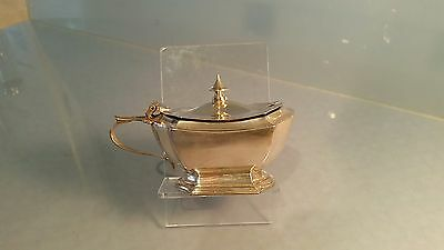 Edwardian Silver mustard pot with hinged lid 10