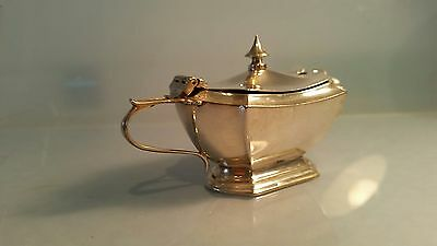 Edwardian Silver mustard pot with hinged lid 4