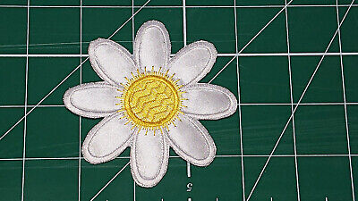 White/Yellow Flower (Iron On) Embroidery Applique Patch-Badge (Diameter - 84mm) 3
