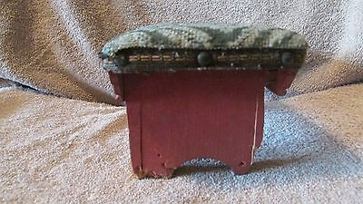 Vintage Padded Small Stool - June 1941  (10 T) 2