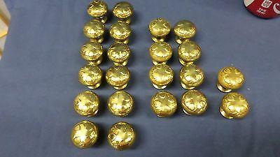 "938M Vtg Set 22 Brass Top Knobs/Pulls/Handles Sweet Heart Pattern 1 3/8"" Diam 7"