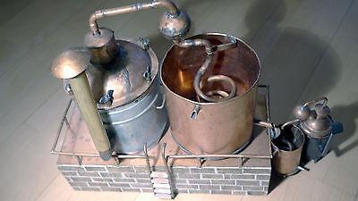 Modell einer Alkoholbrennerei für Drink- oder Desinfizierungsalkohol mitte 20.Jh 6