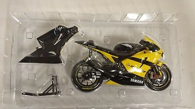 1:10 Guiloy Yamaha YZR M1 Carlos CHECA Team TECH 3 yellow