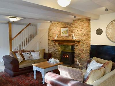 Lovely Thatched  Devon Cottage 26th October for 7 nights HALF TERM 2
