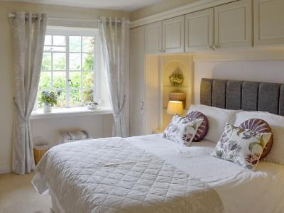 Lovely Thatched  Devon Cottage 26th October for 7 nights HALF TERM 4