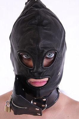 Maske mit dem Reißverschluss im Mundbereich/ Hood with detachable mouth guard