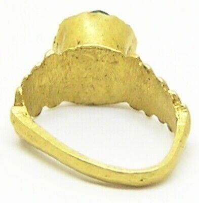 2nd - 3rd century AD Ancient Roman Gold & Emerald Finger Ring Henig type VIII 4