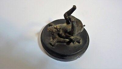 Antigua Escultura que Representa un Pequeño Mono Caricatura Bronce 5
