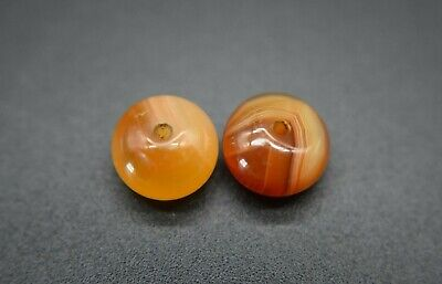 Group of 2 Post Medieval Islamic stone beads C. 17th - 18th century AD 2