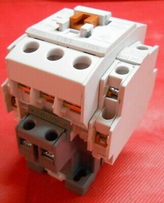 BENSHAW RSC-32-6AC240 MAGNETIC CONTACTOR 3P 32 A W// 24VAC COIL NEW IN BOX