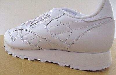 ... Reebok Classic Leather R12 Mens White Walking Shoes - NWD - Medium 5 6fd617816