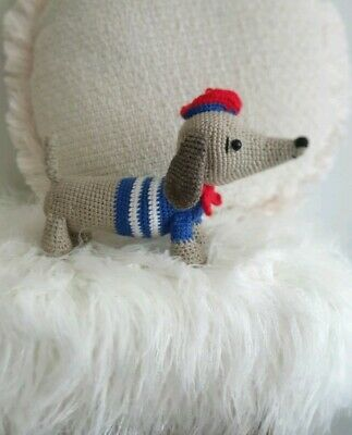 Crochet... Amigurumi : Mini Sausage Dog | 400x323
