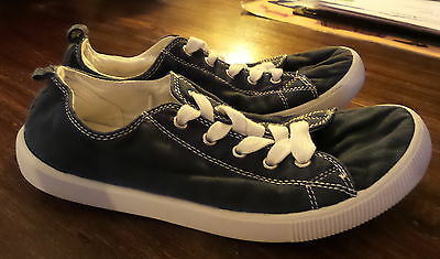 Kids Navy Blue Casual Holiday Canvas Shoes Size 5 4