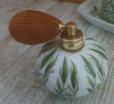Alte Parfumflaschen mit Pumpe und Ablage - Handarbeit - 8
