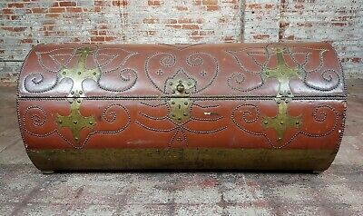 18th/19th century Leather & Brass Cylinder Trunk 4